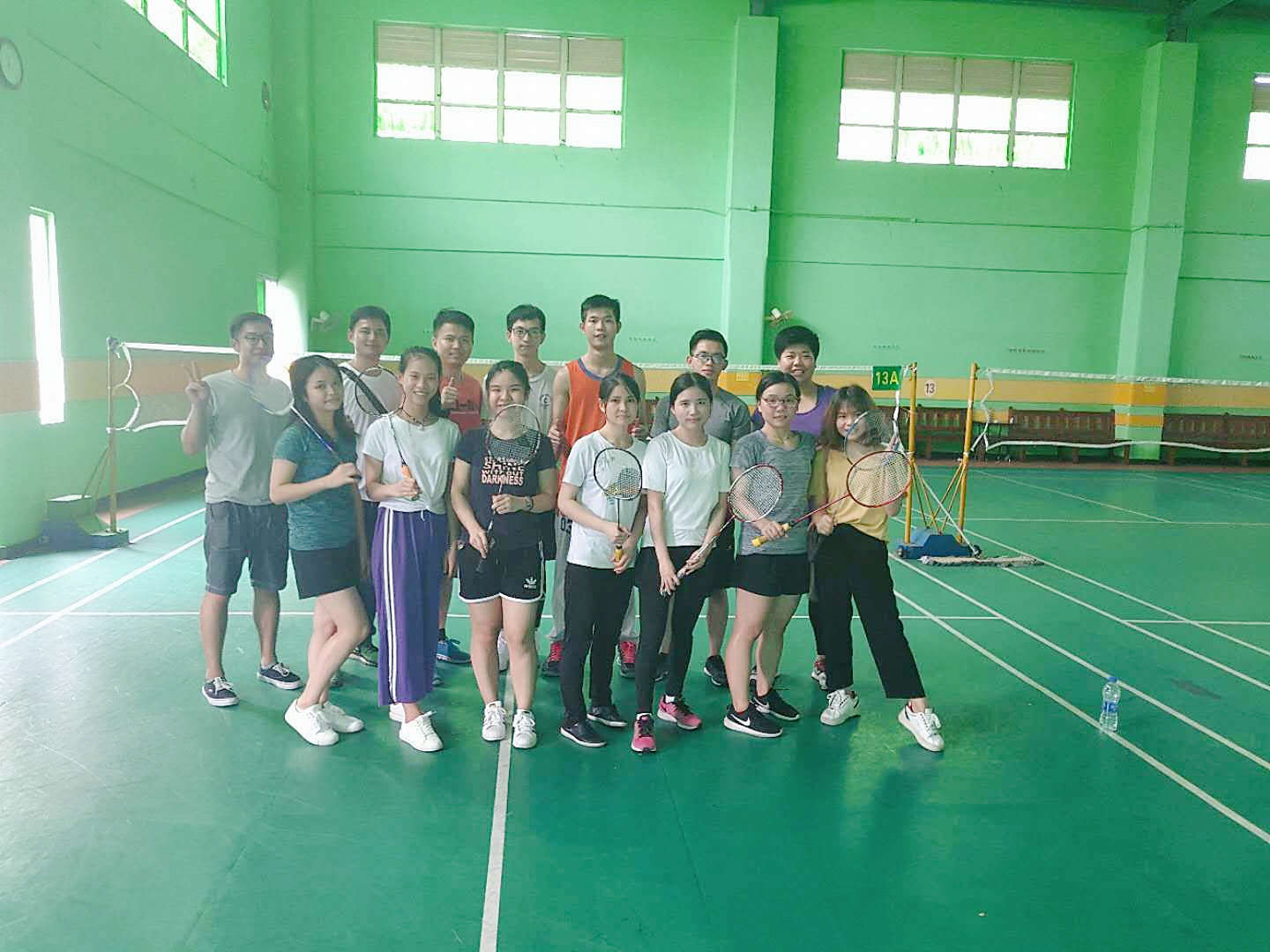 Special badminton competition in Veaqee